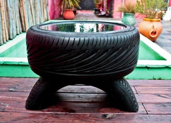 Столик из шины